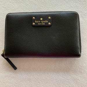 Kate Spade Leather Wallet Clutch